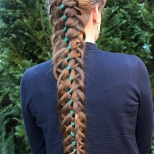 Four Strand Braid with Loops
