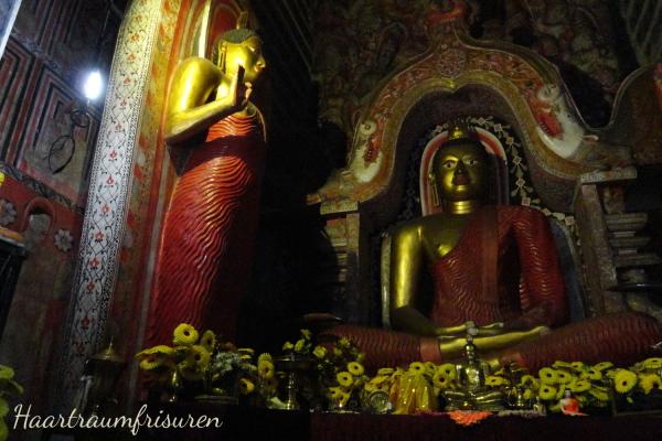 Im Lankatilake Tempel