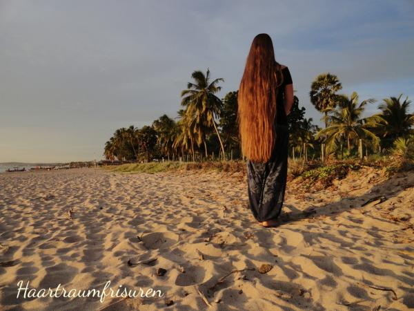 Längenbild am Strand von Trincomalee