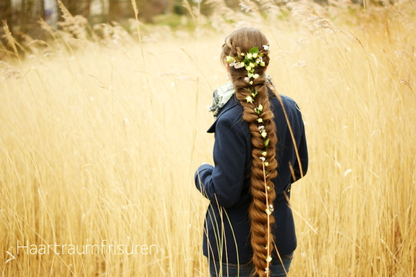 Elastic Braid with Flowers