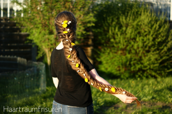 Woven Fishtail Braid with Accents